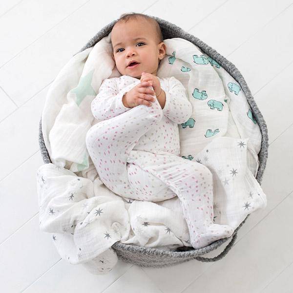 Pyjama bébé à manches longues lovely Aden + anais