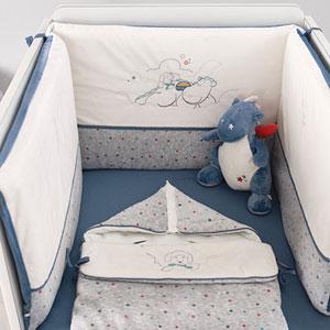Noukies Peluche bébé victor small