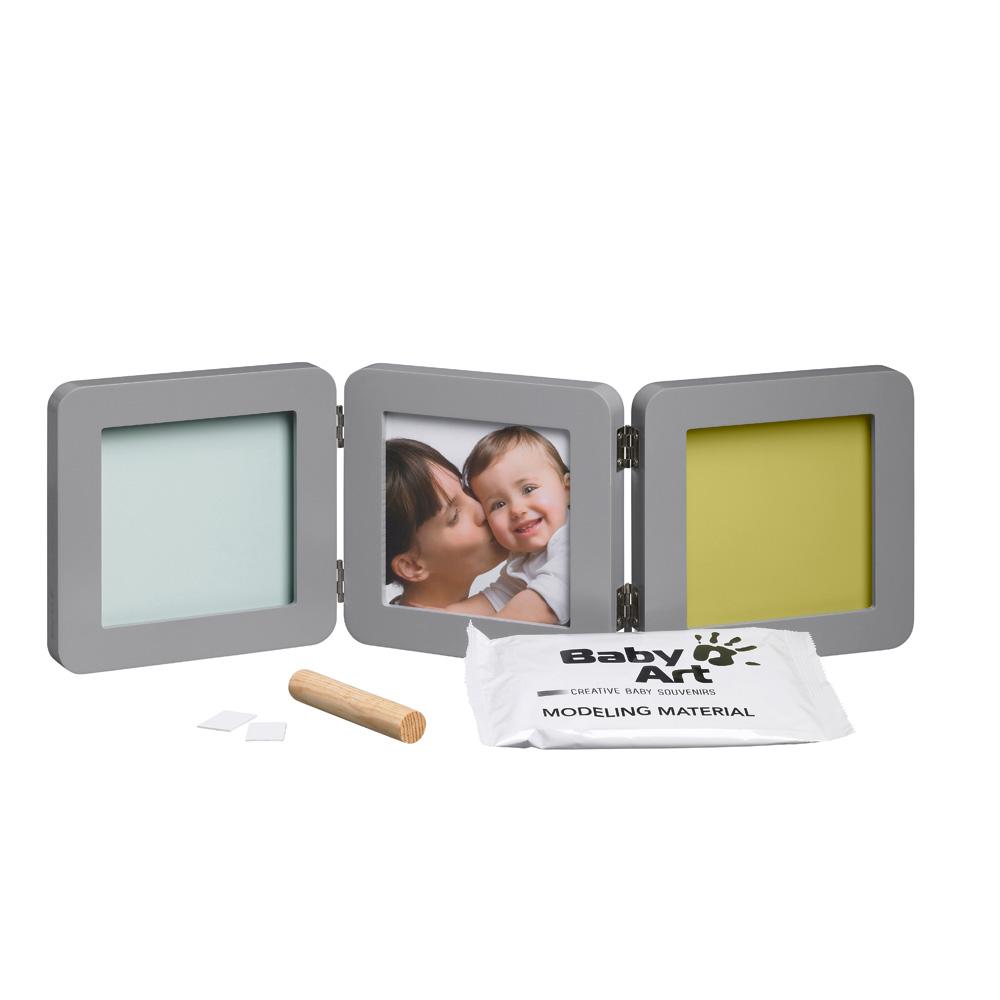 cadre photo modern 3 volets avec 2 empreintes gris de baby art. Black Bedroom Furniture Sets. Home Design Ideas