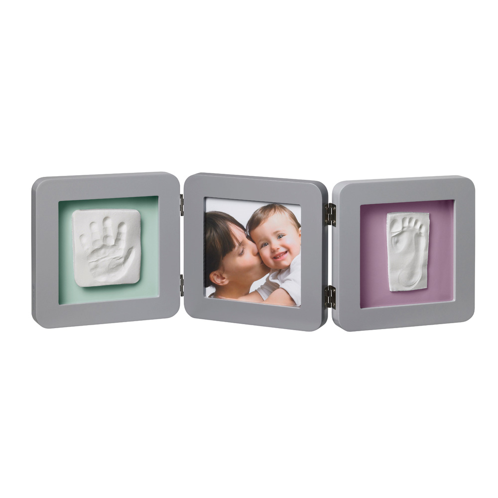 cadre photo modern 3 volets avec 2 empreintes gris de baby art chez naturab b. Black Bedroom Furniture Sets. Home Design Ideas