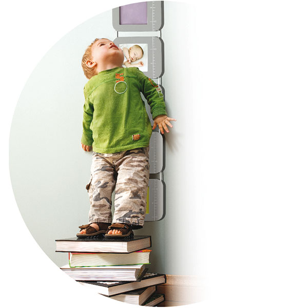 Toise bébé en bois (photos et empreintes) Baby art