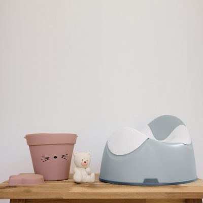Pot ergonomique light mist Beaba