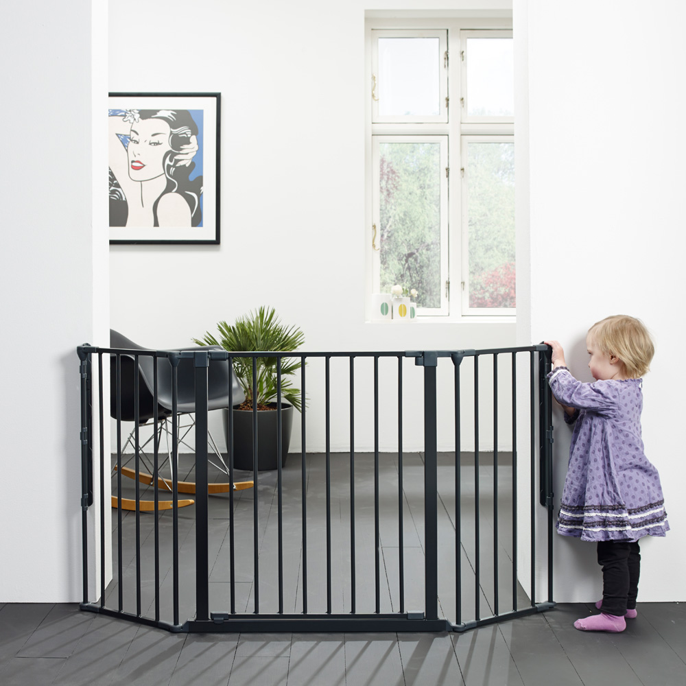 barri re s curit b b pare feu flex m noir de baby dan. Black Bedroom Furniture Sets. Home Design Ideas