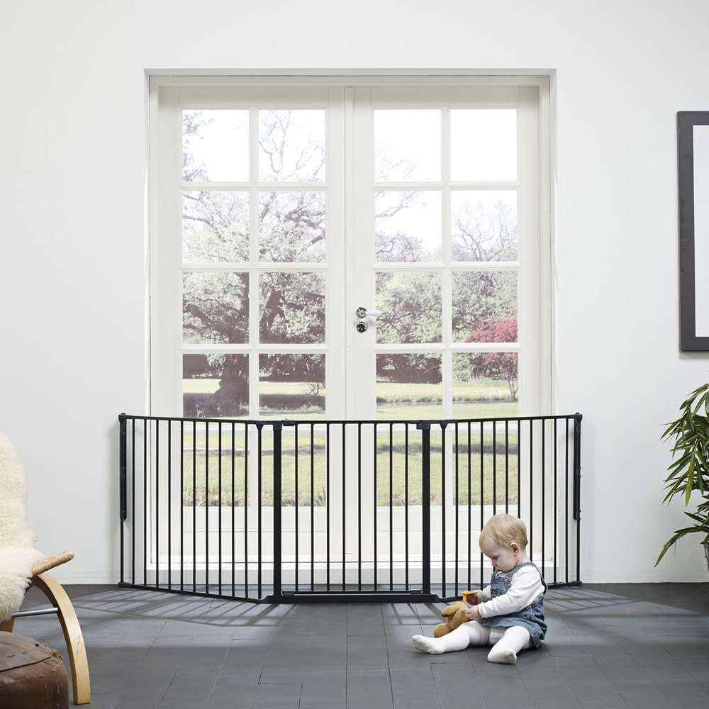 barri re s curit b b pare feu flex l noir de baby dan chez naturab b. Black Bedroom Furniture Sets. Home Design Ideas