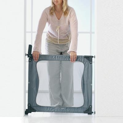 Barrière de voyage to go gris 71 - 92 cm Baby dan