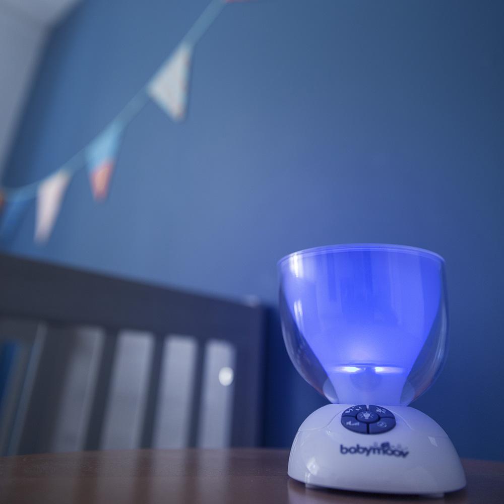 veilleuse b b project 39 light de babymoov sur allob b. Black Bedroom Furniture Sets. Home Design Ideas