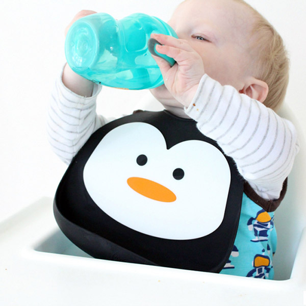 Bavoir en silicone souple pingouin Bulle de bb