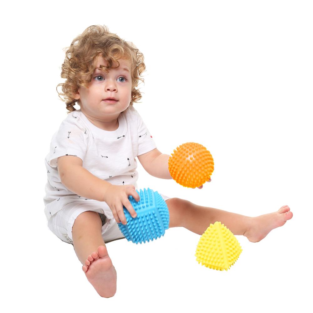 jouet d 39 veil b b set de 3 formes tactiles de babytolove sur allob b. Black Bedroom Furniture Sets. Home Design Ideas
