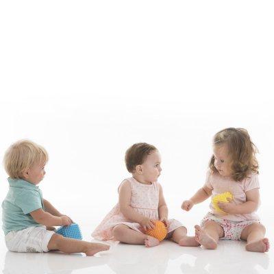 Jouet d'éveil bébé set de 3 formes tactiles Babytolove