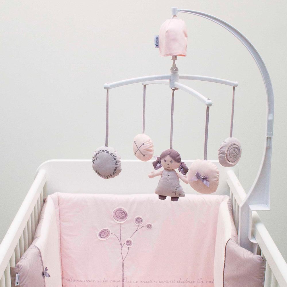 mobile b b musical po me 10 sur allob b. Black Bedroom Furniture Sets. Home Design Ideas
