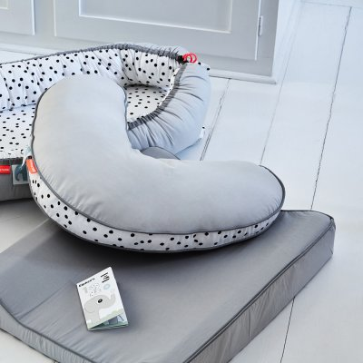 Coussin d'allaitement happy dots grey Done by deer