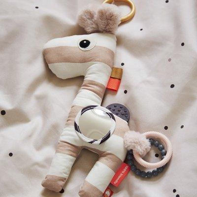 Jouet d'éveil bébé peluche d'activités raffi powder Done by deer