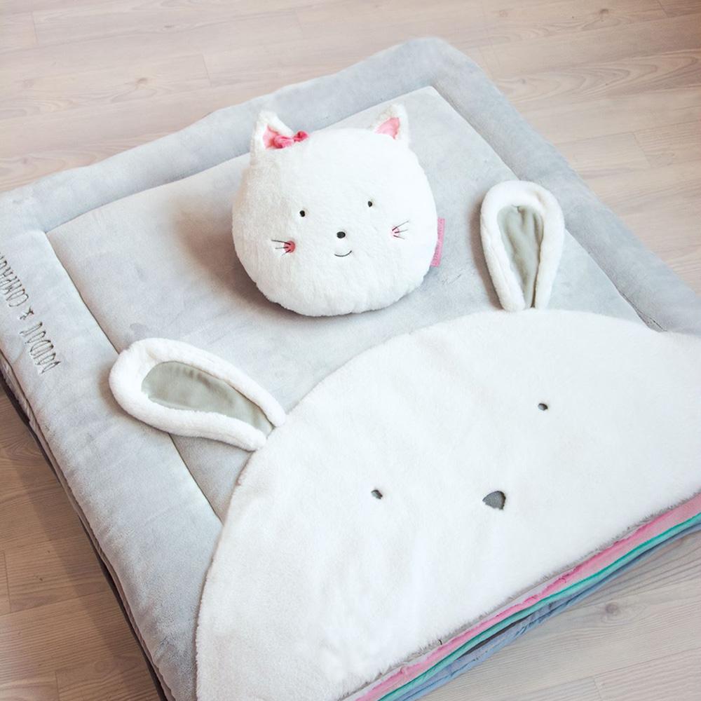 coussin d co chat aussi doux de doudou et compagnie sur allob b. Black Bedroom Furniture Sets. Home Design Ideas