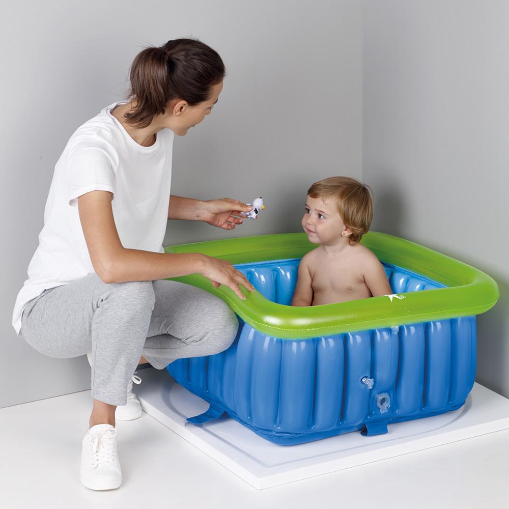 Baignoire bébé gonflable pour espace douche 60x60cm de ...