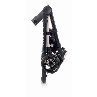 Poussette 4 roues minnum black stars Jane
