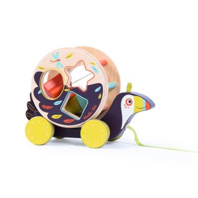 Jouet d'éveil toucan boîte à formes à tirer dans la jungle Moulin roty