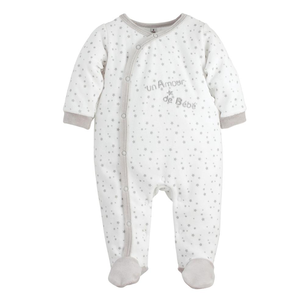 pyjama b b un amour toiles de trois kilos sept sur allob b. Black Bedroom Furniture Sets. Home Design Ideas