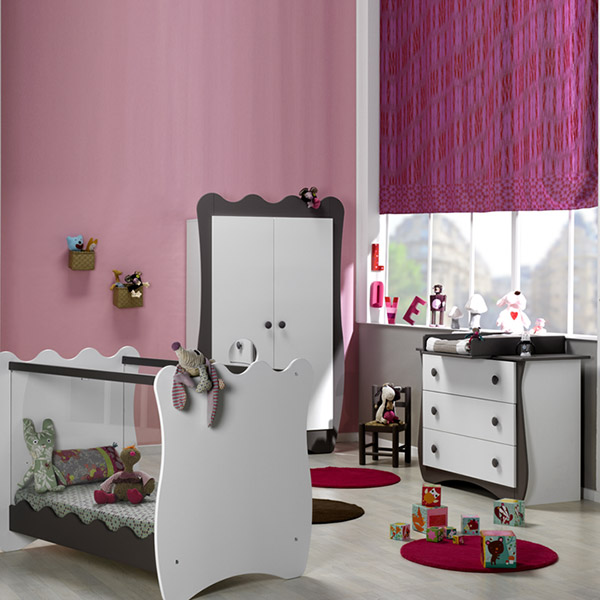 chambre b b trio doudou taupe lit commode armoire 15 sur allob b. Black Bedroom Furniture Sets. Home Design Ideas