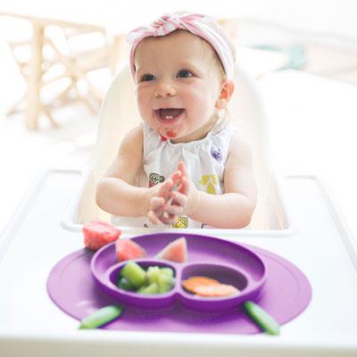 Assiette et set de table tout-en-un mini mat berry Ezpz