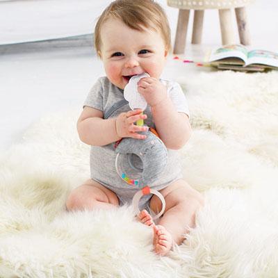 Jouet d'éveil bébé pour poussette lune Skip hop