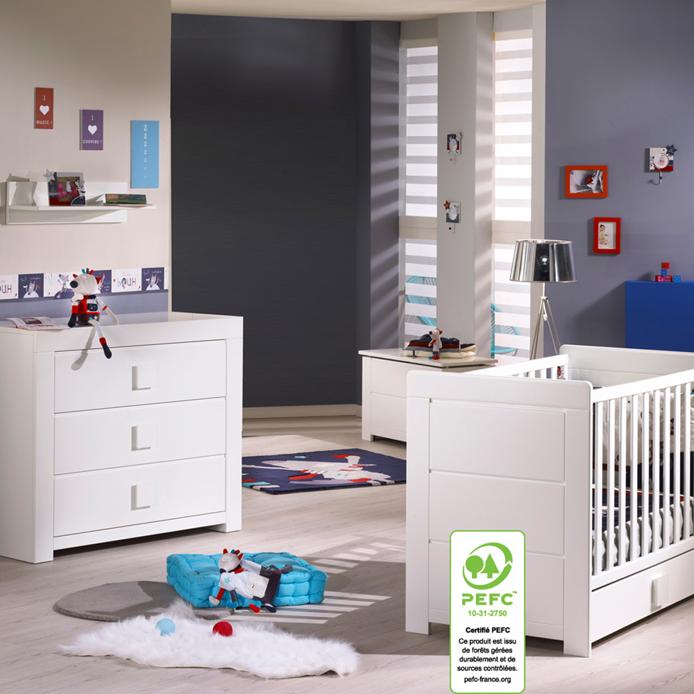 Chambre b b duo zen bouton carr lit commode de sauthon for Chambre bebe lit et commode