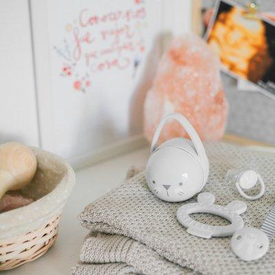 Coffret cadeau anneau de dentition, sucette et accessoires gris Suavinex