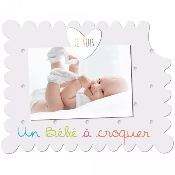 Cadre photo bébé à poser je suis un bébé à croquer blanc Titoutam