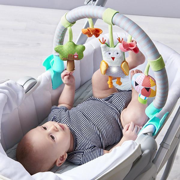Jouets de voyage bébé arche musicale hibou Taf toys