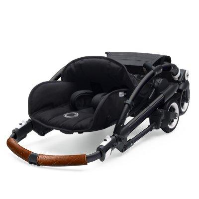 Poussette 4 roues bee5 châssis noir + style set et capote bleu chiné Bugaboo