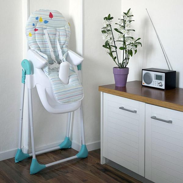 Chaise haute bébé évolutive bleu et gris Badabulle