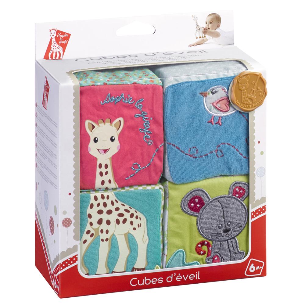 jouet d 39 veil b b cubes d 39 veil sophie la girafe de vulli. Black Bedroom Furniture Sets. Home Design Ideas